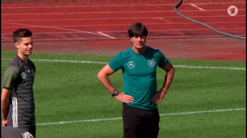 Joachim Löw – ARD video 17-06-16 3
