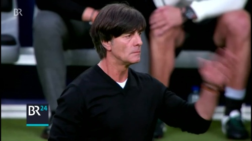 Joachim Löw – ARD video 17-06-16 5