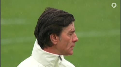 Joachim Löw – ARD video 19-06-16 2