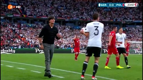 Joachim Löw – Deutschland v Polen 1st half (EM 2016) 11