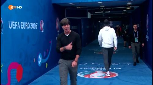 Joachim Löw – Deutschland v Polen 1st half (EM 2016) 3