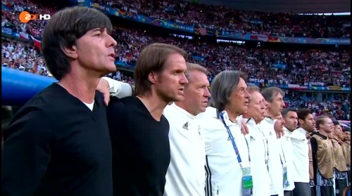 Joachim Löw – Deutschland v Polen 1st half (EM 2016) 6