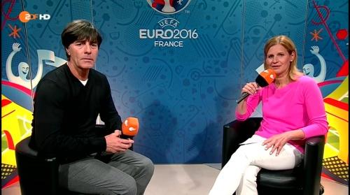 Joachim Löw – Deutschland v Polen post-match show (EM 2016) 4