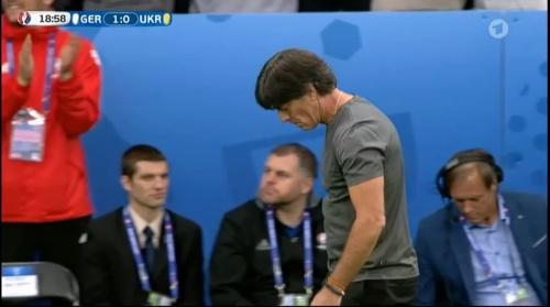 Joachim Löw – Deutschland v Ukraine (EM 2016) 1st half 19