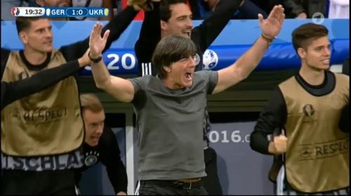 Joachim Löw – Deutschland v Ukraine (EM 2016) 1st half 24