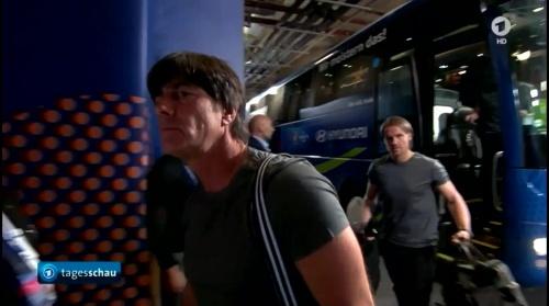 Joachim Löw – Deutschland v Ukraine (EM 2016) 1st half 3