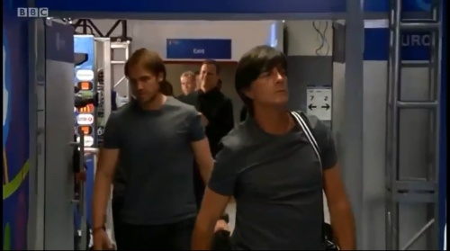 Joachim Löw – Deutschland v Ukraine (EM 2016) 1st half 4
