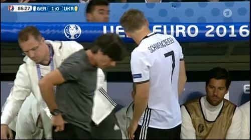 Joachim Löw – Deutschland v Ukraine (EM 2016) 2nd half 10
