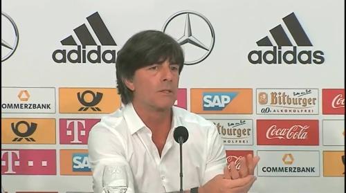Joachim Löw – Deutschland v Ungarn PK 8
