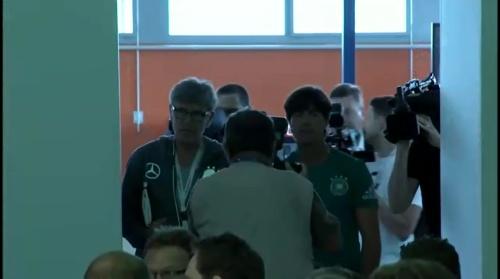 Joachim Löw – Evian PK 1