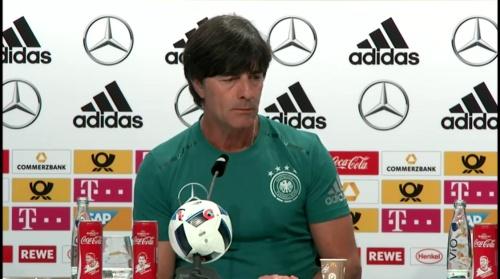 Joachim Löw – Evian PK 9