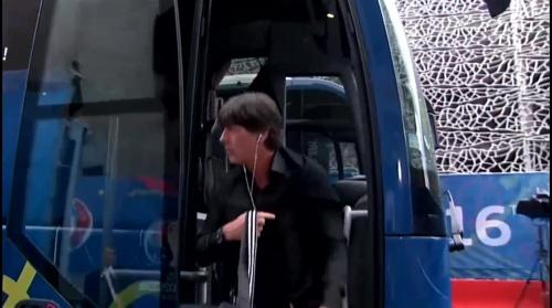 Joachim Löw – Nordirland v Deutschland 1st half (EM 2016) 1