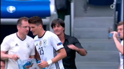 Joachim Löw – Nordirland v Deutschland 1st half (EM 2016) 18
