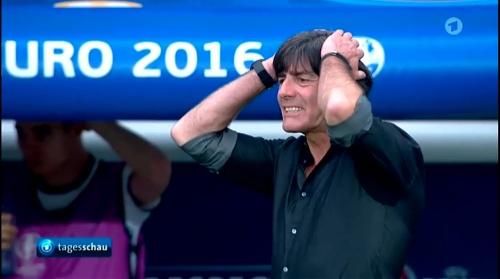 Joachim Löw – Nordirland v Deutschland 1st half (EM 2016) 26