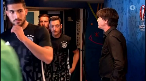 Joachim Löw – Nordirland v Deutschland 1st half (EM 2016) 6