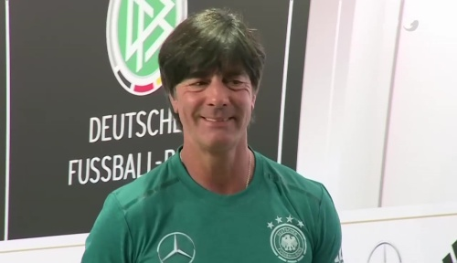 Joachim Löw – ran video 10-06-16 6