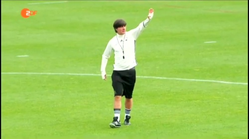 Joachim Löw – ZDF video 10-06-16 3