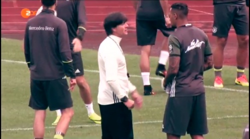 Joachim Löw – ZDF video 10-06-16 6