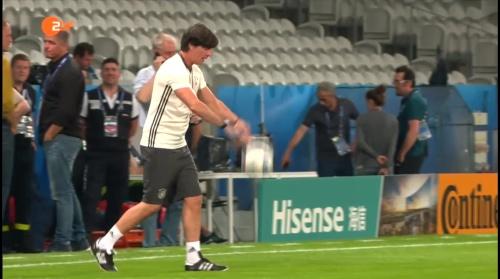 Joachim Löw – ZDF video 11-06-16 3