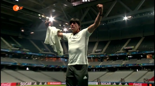Joachim Löw – ZDF video 11-06-16 8