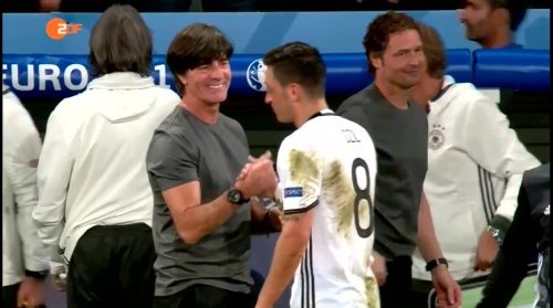 Joachim Löw – ZDF video 13-06-16 5