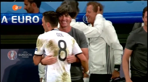 Joachim Löw – ZDF video 13-06-16 6