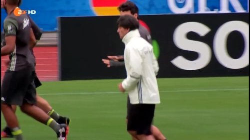 Joachim Löw – ZDF video 14-06-16 2