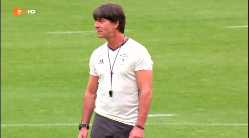 Joachim Löw – ZDF video 25-06-16 10