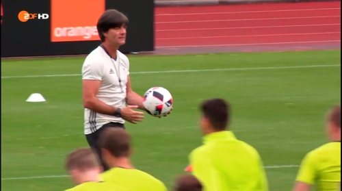 Joachim Löw – ZDF video 25-06-16 12