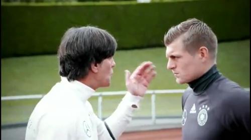 Joachim Löw & Toni Kroos - Evian - Die Vorbereitung 1