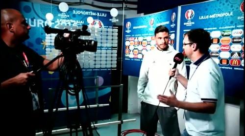 Jonas Hector - Vor Slowakei Spiel - Anreise nach Lille 1