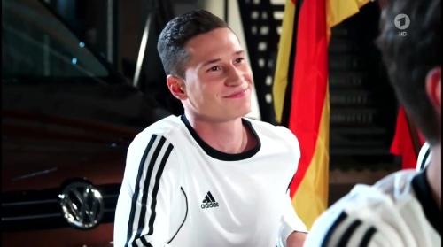 Julian Draxler – Sportschau 04-06-16 1
