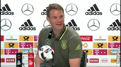 Manuel Neuer – PK 24-06-16 3