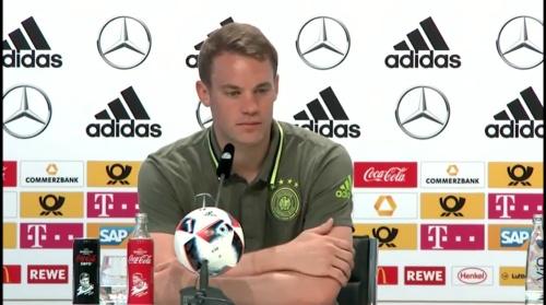 Manuel Neuer – PK 24-06-16 5