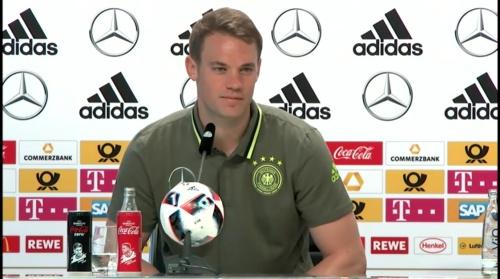 Manuel Neuer – PK 24-06-16 6