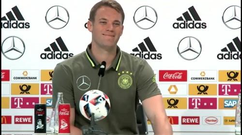 Manuel Neuer – PK 24-06-16 8