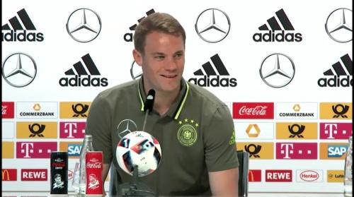 Manuel Neuer – PK 24-06-16 9