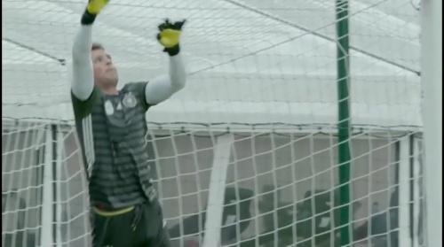 Manuel Neuer - Letztes Training in Evian vor dem zweiten Spiel 1