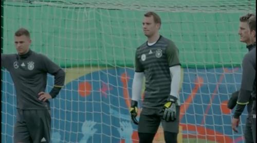 Manuel Neuer - Letztes Training in Evian vor dem zweiten Spiel 3