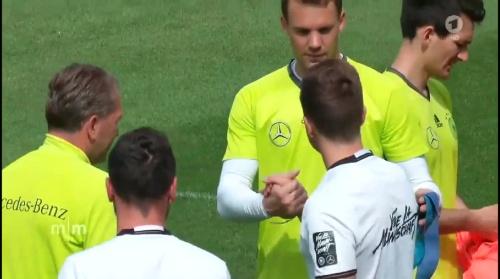 Manuel Neuer & Mario Götze – Mittagsmagazin 03-06-16 1