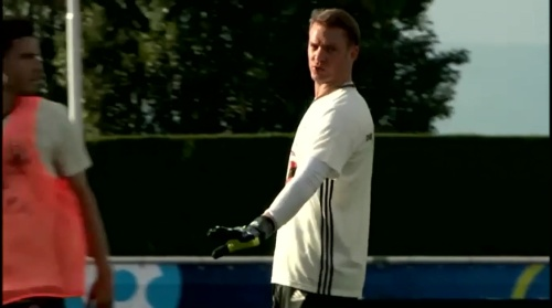 Manuel Neuer - Training 4
