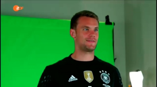 Manuel Neuer - ZDF video 10-06-16 1