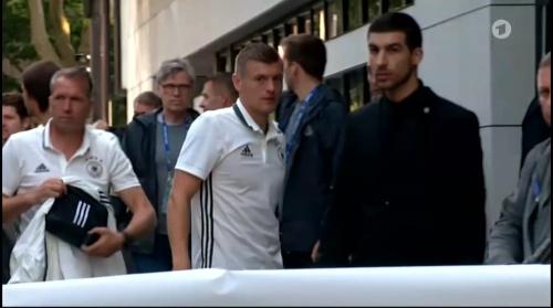 Toni Kroos - Sportschau 15-06-16