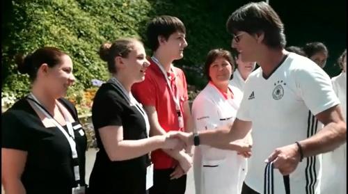 Joachim Löw - Abschied von Evian und Reise nach Marseille 1
