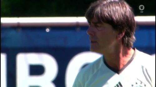 Joachim Löw – ARD video 04-07-16 7