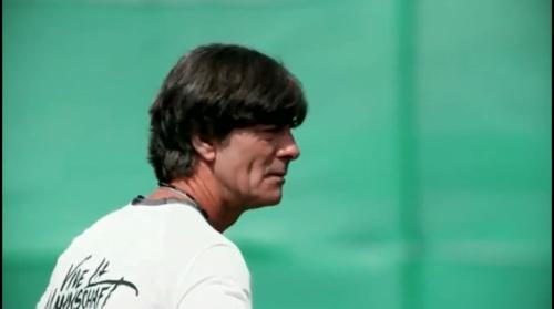 Joachim Löw – Das vorletzte Training in Evian 2