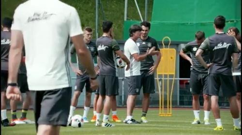 Joachim Löw – Das vorletzte Training in Evian 3