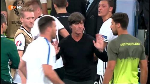 Joachim Löw – Deutschland v Frankreich 1st half (EM 2016) 18