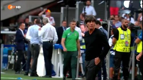 Joachim Löw – Deutschland v Frankreich 1st half (EM 2016) 4
