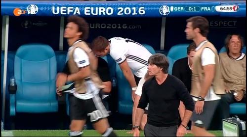 Joachim Löw – Deutschland v Frankreich 2nd half (EM 2016) 10